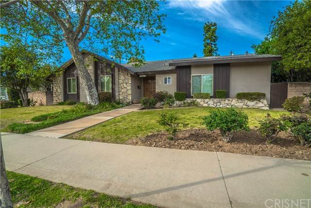 20037 Lassen Street, Chatsworth, CA 91311 (#SR20188837) :: Camargo & Wilson Realty Team