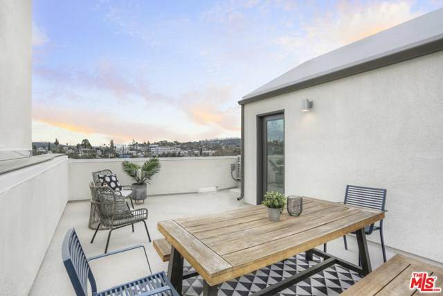 1118-1/2 N Avenue 56, Highland Park, CA 90042 (#20631252) :: The Results Group