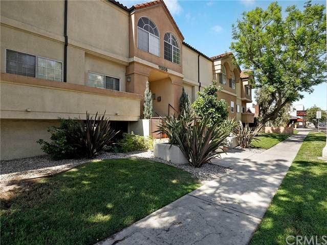 11306 Moorpark Street - Photo 1