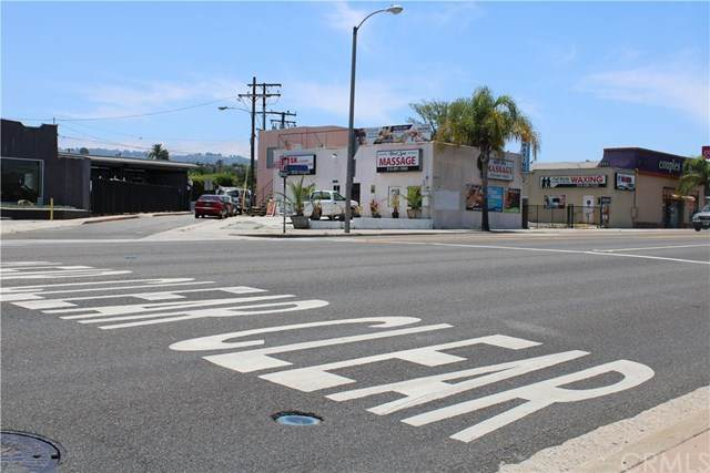 1812 Pacific Coast Highway, Lomita, CA 90717 (#PV20189804) :: The Laffins Real Estate Team