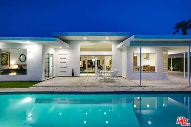 2280 Paseo Roseta, Palm Springs, CA 92262 (#20630530) :: The Miller Group