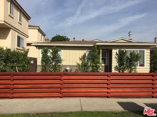 4841 W 118Th Place, Hawthorne, CA 90250 (#20631534) :: The Najar Group