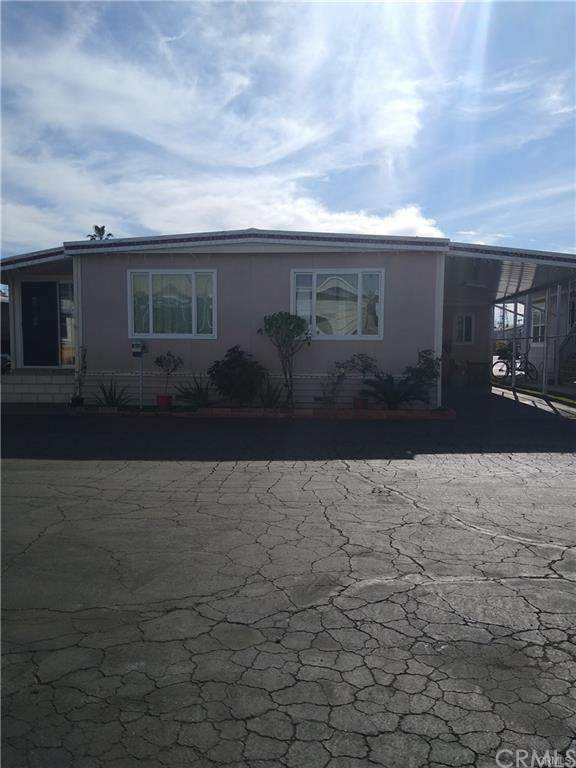 16511 Garfield Ave B50, Paramount, CA 90723 (#IG20190164) :: Crudo & Associates