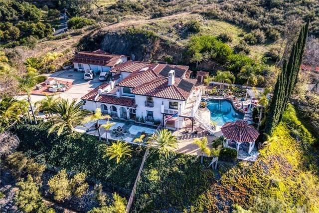 18047 Old Coach Road, Poway, CA 92064 (#SW20190225) :: The Marelly Group | Compass
