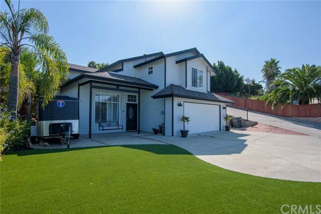 407 Dennis Drive, Vista, CA 92083 (#FR20190347) :: Arzuman Brothers