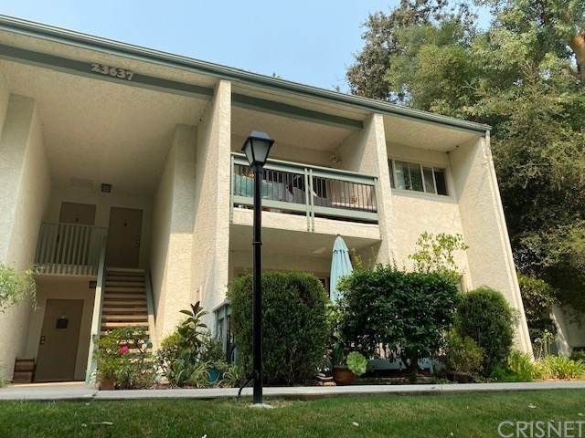 23637 Park Capri #35, Calabasas, CA 91302 (#SR20187016) :: The Laffins Real Estate Team
