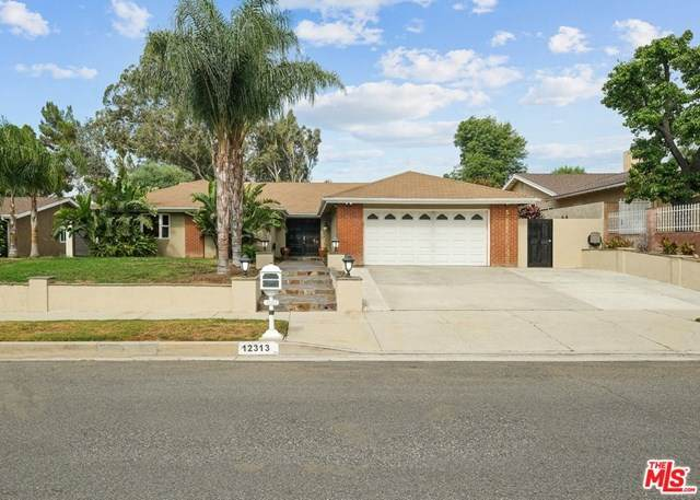 12313 Jolette Avenue, Granada Hills, CA 91344 (#20632484) :: Crudo & Associates