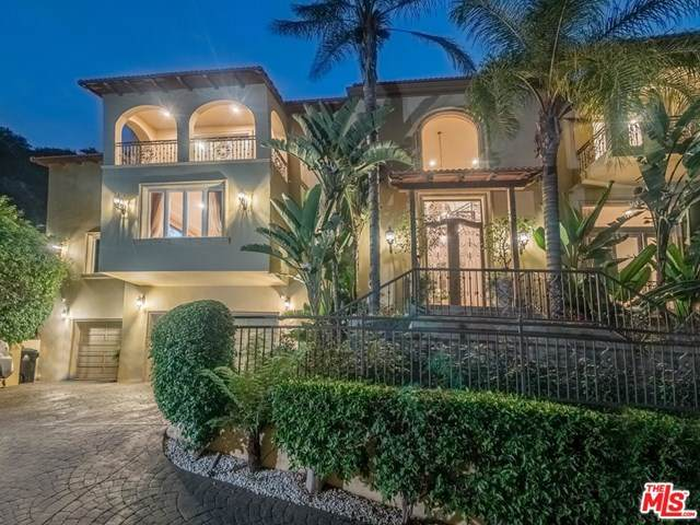 1930 Benedict Canyon Drive, Beverly Hills, CA 90210 (#20632788) :: Camargo & Wilson Realty Team