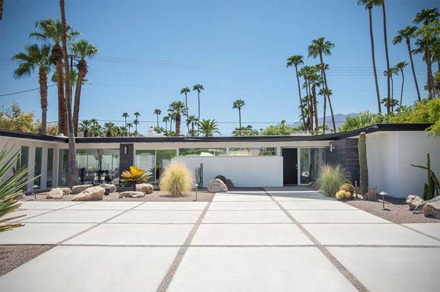 1177 E Mesquite Avenue, Palm Springs, CA 92264 (#219049598DA) :: Hart Coastal Group