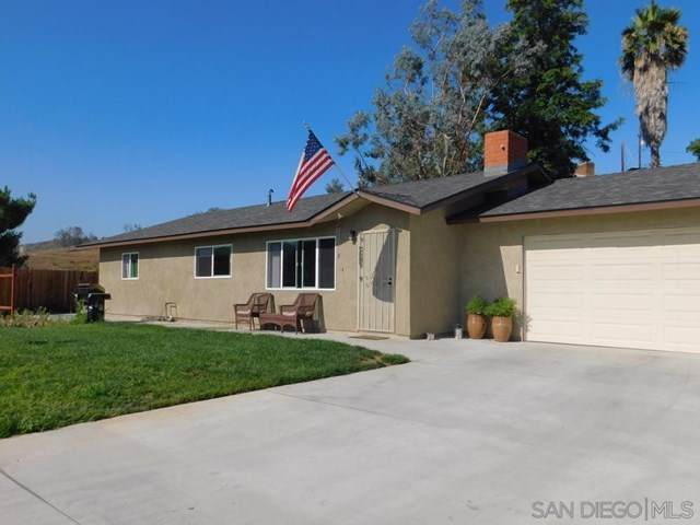 12524 Lemon Crest, Lakeside, CA 92040 (#200044985) :: The Laffins Real Estate Team