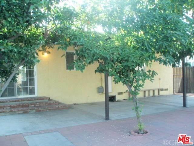 7814 Morella Avenue, North Hollywood, CA 91605 (#20633126) :: The Najar Group
