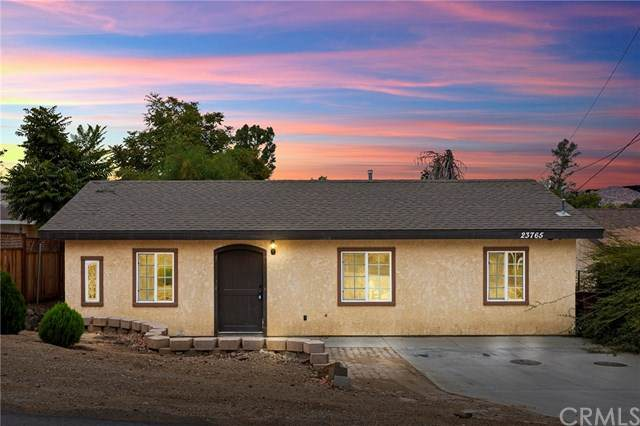 23765 Goetz Drive, Canyon Lake, CA 92587 (#SW20181675) :: Camargo & Wilson Realty Team