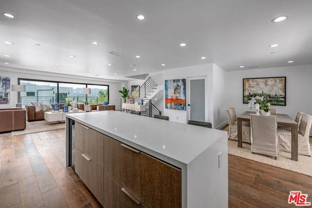 2331-1/2 W Avenue 31, Los Angeles (City), CA 90065 (#20625126) :: Team Forss Realty Group