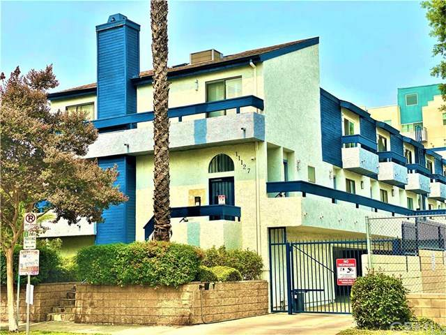11127 Hesby Street #3, North Hollywood, CA 91601 (#RS20193572) :: The Najar Group
