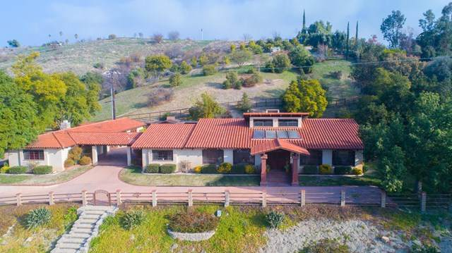 12605 Highwinds Road, Ojai, CA 93023 (#V1-1382) :: RE/MAX Masters