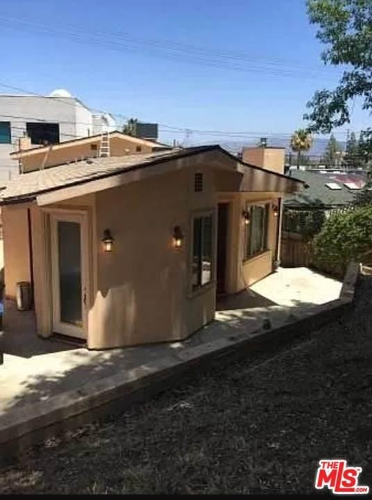 11131 Sunshine Terrace Avenue, Studio City, CA 91604 (#20633940) :: The Najar Group
