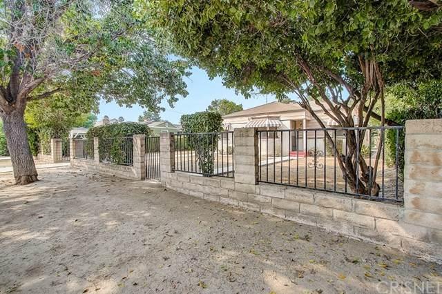 15755 Marlin Place, Lake Balboa, CA 91406 (#SR20194196) :: Team Tami