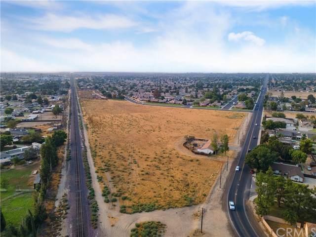 3201 Jewetta Avenue, Bakersfield, CA 93312 (#NS20194726) :: Rogers Realty Group/Berkshire Hathaway HomeServices California Properties