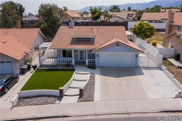 905 Broadway Street, Lake Elsinore, CA 92530 (#SW20192630) :: Camargo & Wilson Realty Team