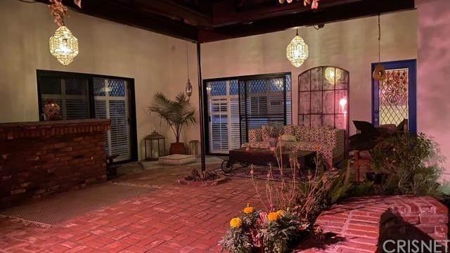 23929 Califa Street, Woodland Hills, CA 91367 (#SR20193778) :: The Laffins Real Estate Team