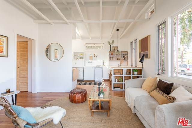 447 Grand Boulevard, Venice, CA 90291 (#20615470) :: Crudo & Associates