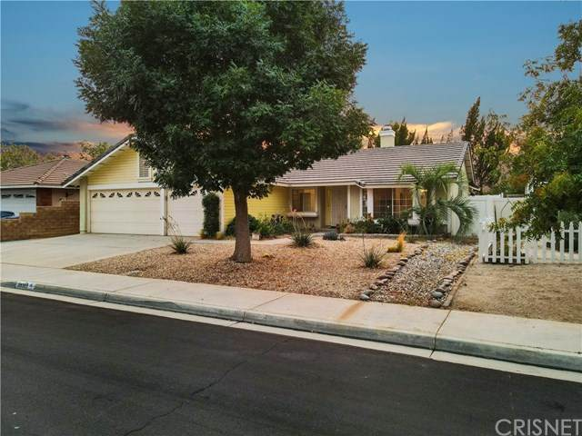 39305 Riverbend Street, Palmdale, CA 93551 (#SR20194757) :: Team Tami
