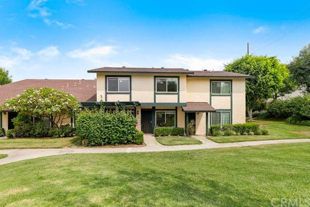 1738 N Cedar Glen Drive C, Anaheim, CA 92807 (#OC20190411) :: The Laffins Real Estate Team
