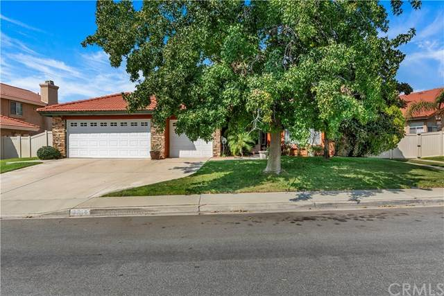 14214 Point Judith Street, Fontana, CA 92336 (#EV20195348) :: The Laffins Real Estate Team
