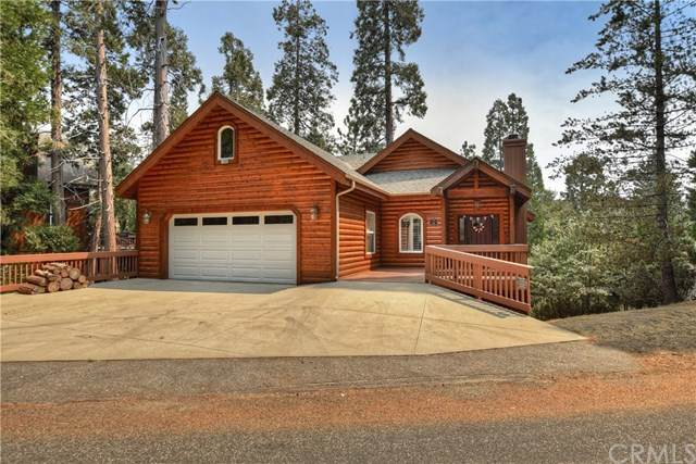 27533 Cedarwood Drive, Lake Arrowhead, CA 92352 (#EV20195380) :: Team Tami