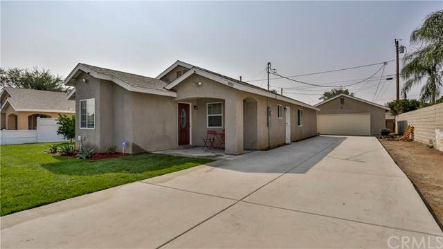 850 Fairway Drive, Colton, CA 92324 (#IV20195810) :: The Najar Group