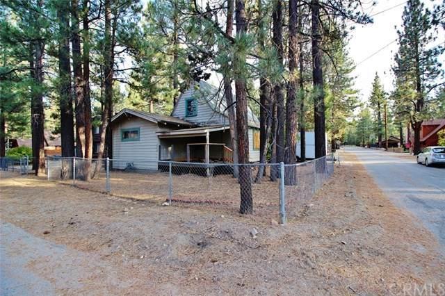 1040 Robinhood Boulevard, Big Bear, CA 92314 (#EV20196096) :: The Laffins Real Estate Team