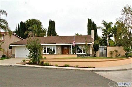 26841 Magdalena Lane, Mission Viejo, CA 92691 (#OC20195748) :: Camargo & Wilson Realty Team