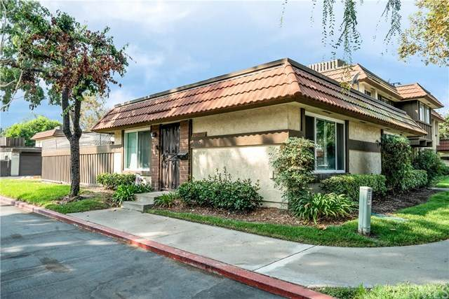 2776 W Parkdale Drive, Anaheim, CA 92801 (#PW20196108) :: The Marelly Group | Compass