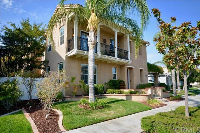 28856 Springfield Place, Temecula, CA 92591 (#SW20196066) :: The Laffins Real Estate Team