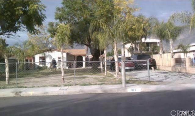 371 E 3rd Street, San Jacinto, CA 92583 (#IV20196235) :: The Laffins Real Estate Team