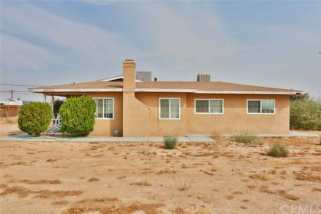 22934 Pahute Road, Apple Valley, CA 92308 (#CV20196394) :: Z Team OC Real Estate