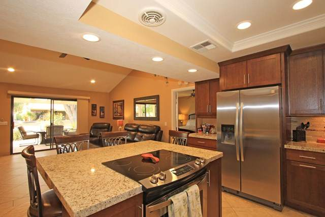 40271 Baltusrol Circle 3-6, Palm Desert, CA 92211 (#219049959DA) :: A|G Amaya Group Real Estate