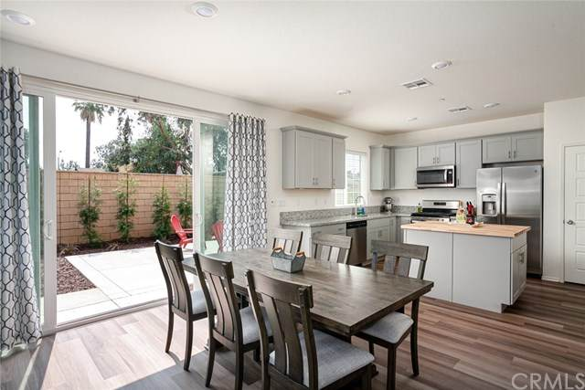 9818 Solonia Street, Riverside, CA 92503 (#PW20195100) :: Z Team OC Real Estate