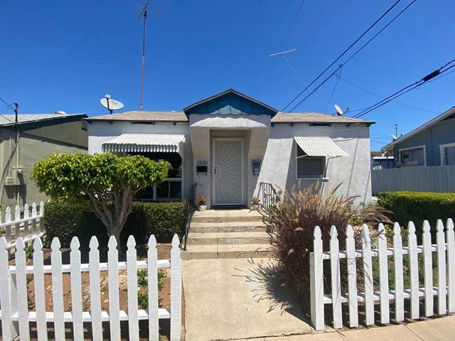 2020 Polk Ave, San Diego, CA 92104 (#200045866) :: Crudo & Associates