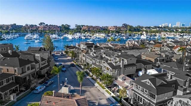 310 Collins Avenue, Newport Beach, CA 92662 (#NP20191125) :: Brandon Hobbs Group