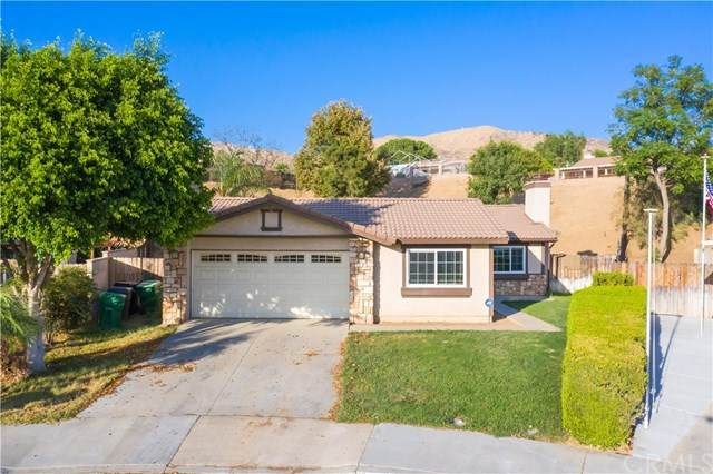 24698 Summerfield Drive, Moreno Valley, CA 92557 (#SW20198334) :: The Laffins Real Estate Team
