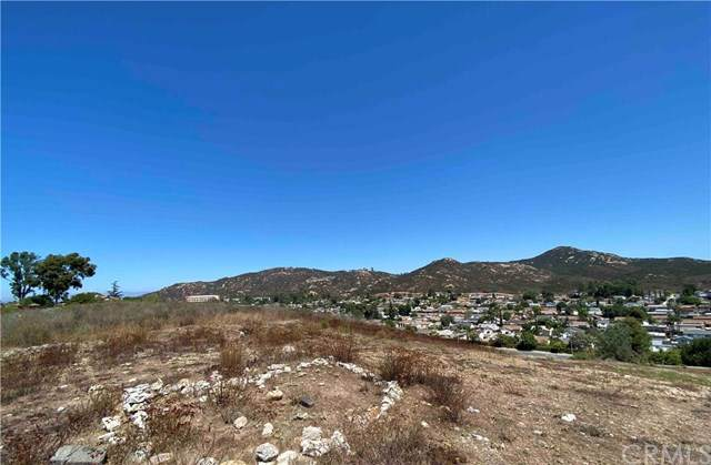 15090 Pomerado Drive, Poway, CA 92064 (#NP20198416) :: American Real Estate List & Sell