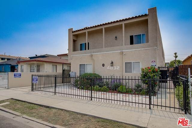 4832 W 116Th Street, Hawthorne, CA 90250 (#20636442) :: The Najar Group