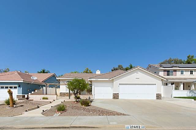 23602 Wooden Horse Trail, Murrieta, CA 92562 (#200046060) :: Go Gabby