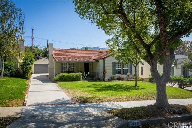 3440 Sierra Vista Avenue, Glendale, CA 91208 (#320003039) :: The Costantino Group | Cal American Homes and Realty