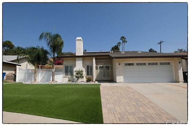 3364 Lynwood Drive, Highland, CA 92346 (#IV20198840) :: Hart Coastal Group