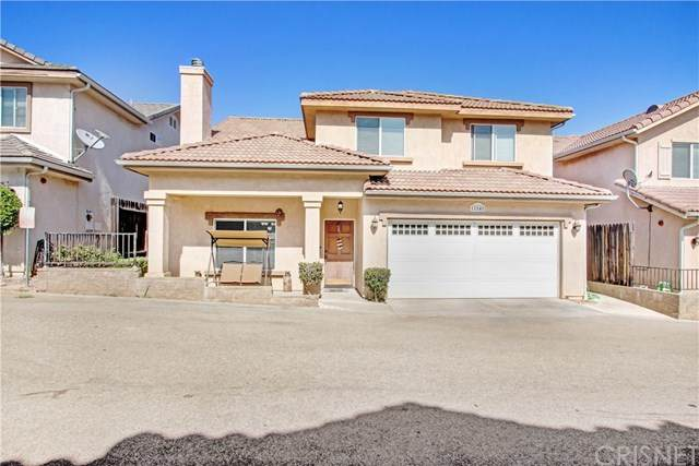 11848 Apple Grove Lane, Sylmar, CA 91342 (#SR20198785) :: The Najar Group