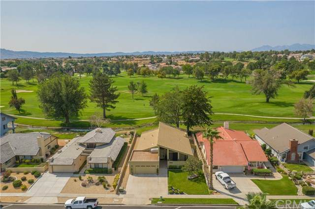 13253 Country Club Drive, Victorville, CA 92395 (#CV20198969) :: Z Team OC Real Estate