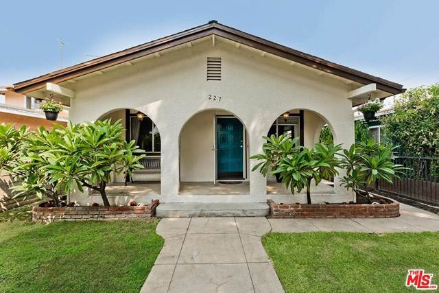 227 W Valencia Drive, Fullerton, CA 92832 (#20636578) :: The Najar Group