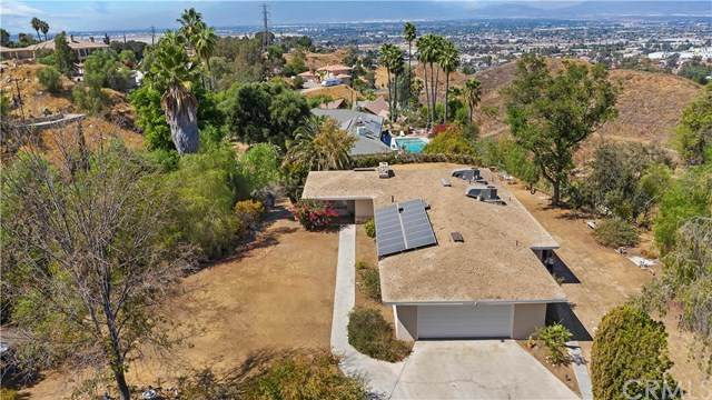 23210 Thompson Drive, Grand Terrace, CA 92313 (#EV20199303) :: Hart Coastal Group